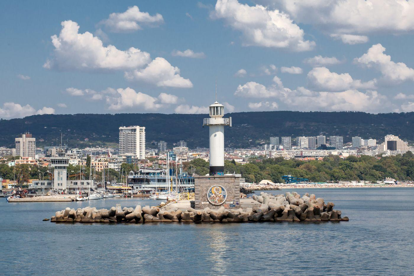 Вид на жительство и гражданство Болгарии: как легко и быстро стать европейцем