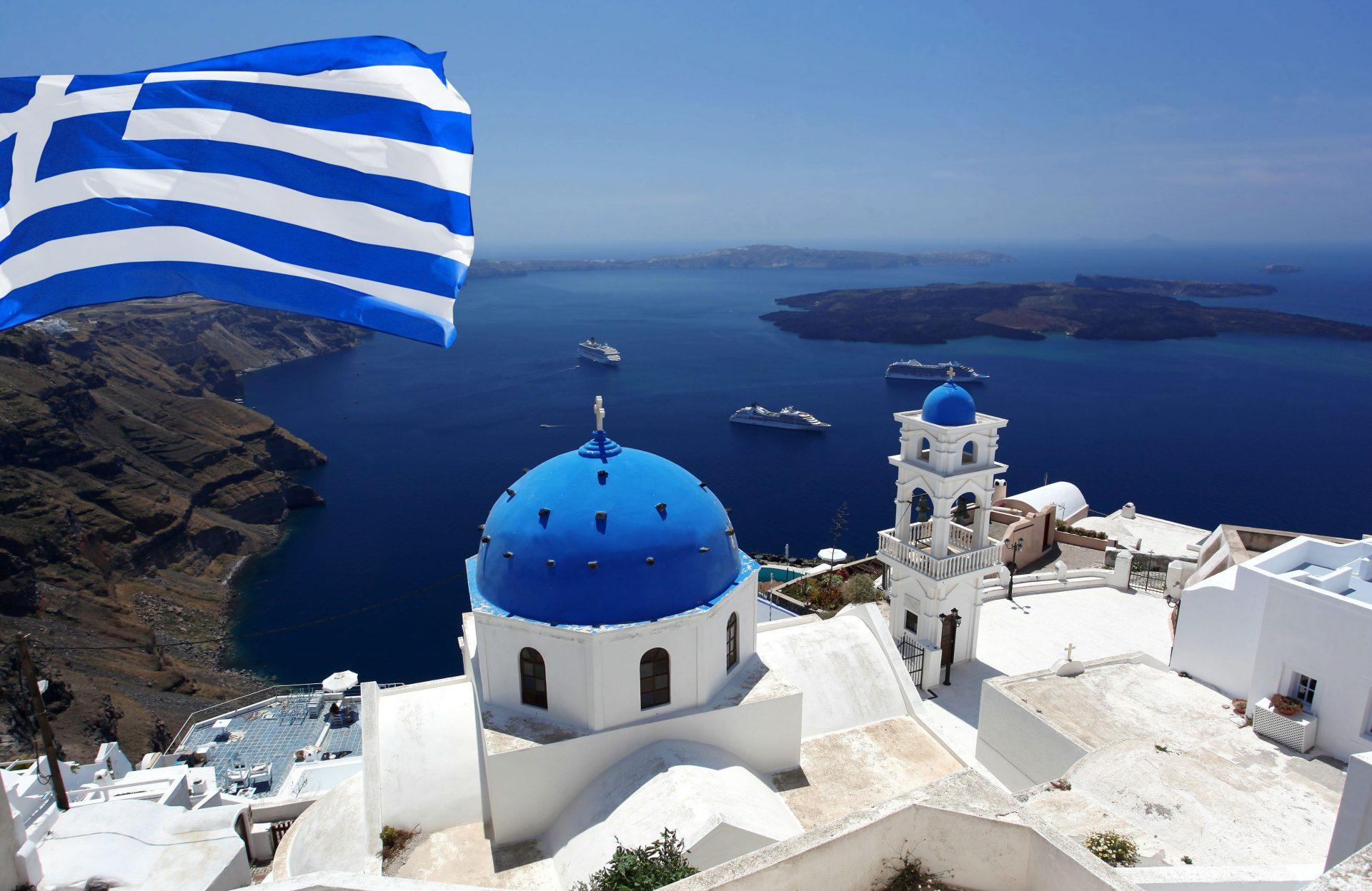 Античный уголок спокойствия и безопасности для всей семьи: зачем россиянину вид на жительство в Греции