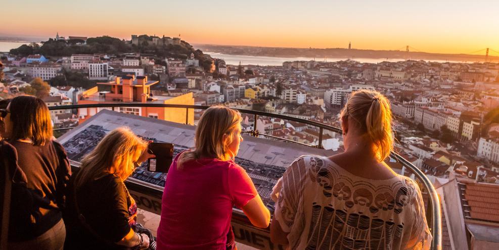 Золотая виза в Португалию: ВНЖ для всей семьи