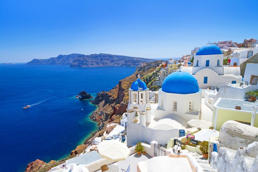 Как получить ВНЖ Греции через инвестиции и покупку недвижимости