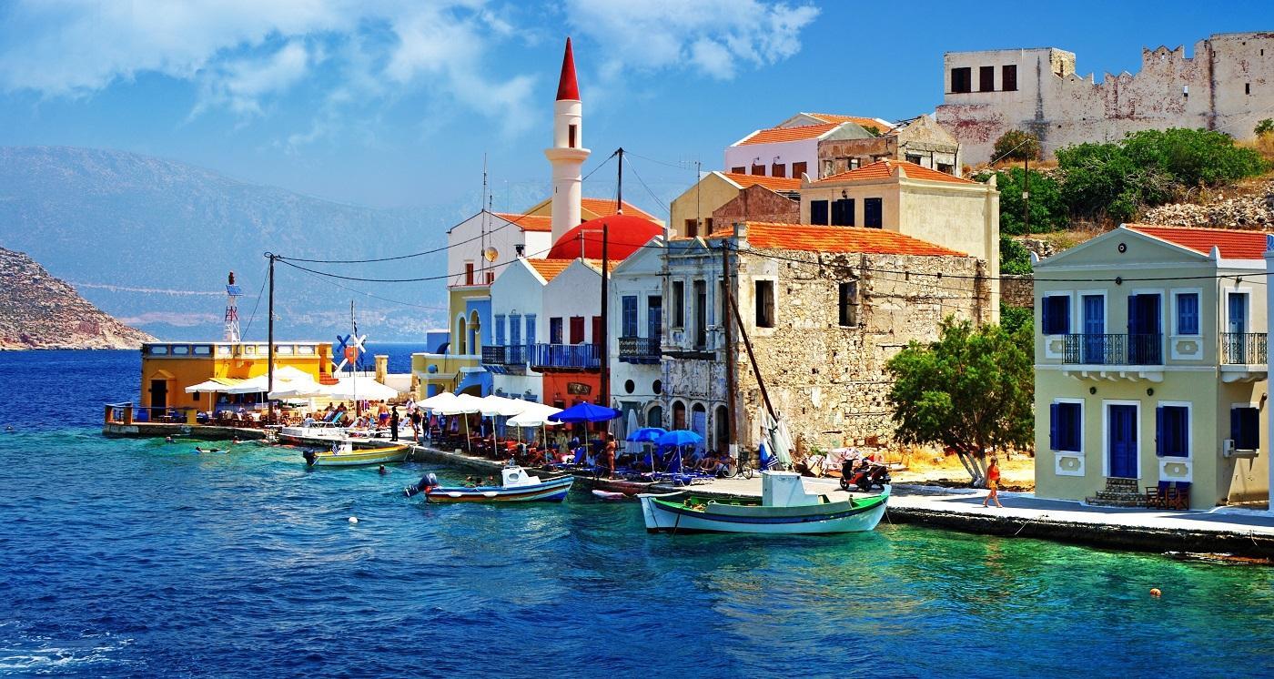 Переезд на Кипр на ПМЖ из России: 5 легальных способов