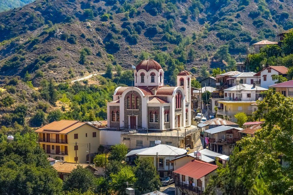 Золотая виза Кипра: 2500 запросов в период за 2013- 2018 года