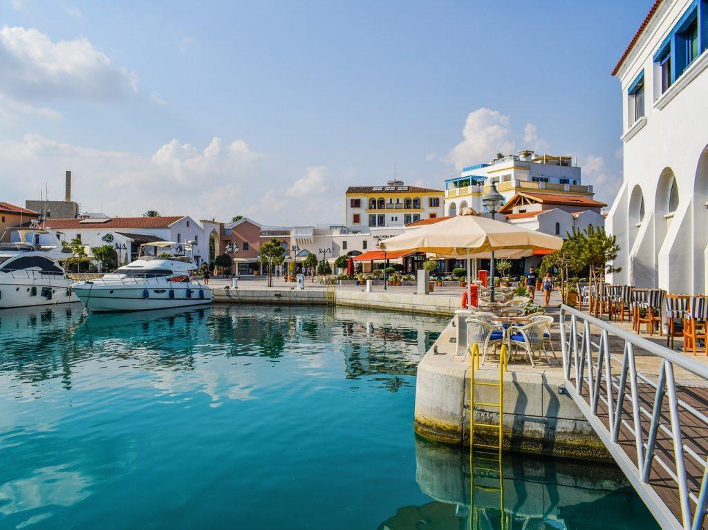 Гражданство Европы при покупке недвижимости 2019: сравнительный анализ стран