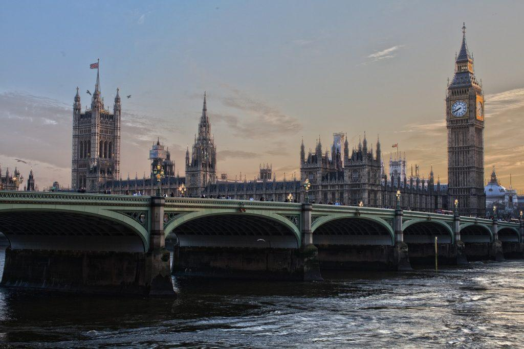 london 530055 1280 1024x683 - Иммиграция через инвестиции