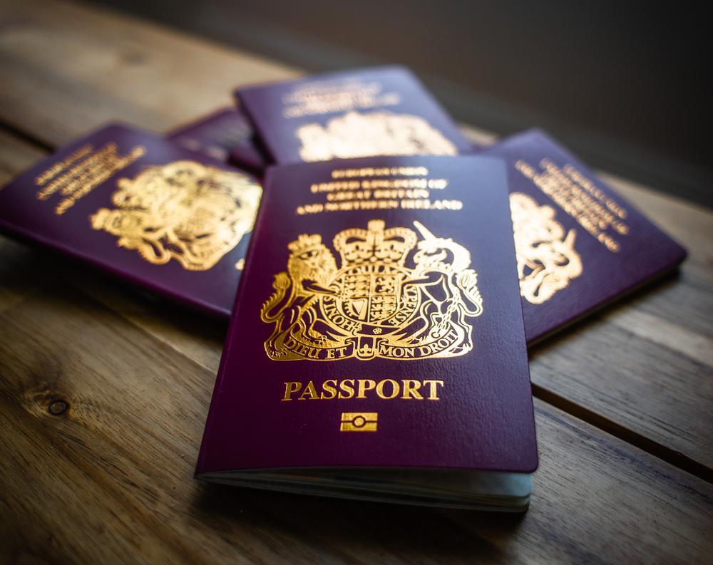 Как получить европейский паспорт: купить и быть свободным