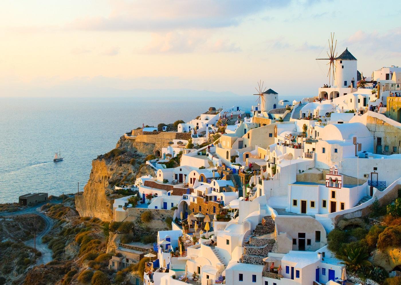Покупка недвижимость в греции дешевле квартира в дубай